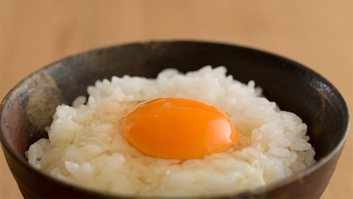 【定期便3ヶ月】秋田比内地鶏たまご48個